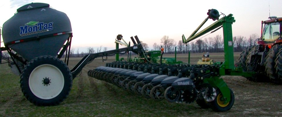 9_Ton_Montag_behind_16_row_Dawn_Strip_Till_bar